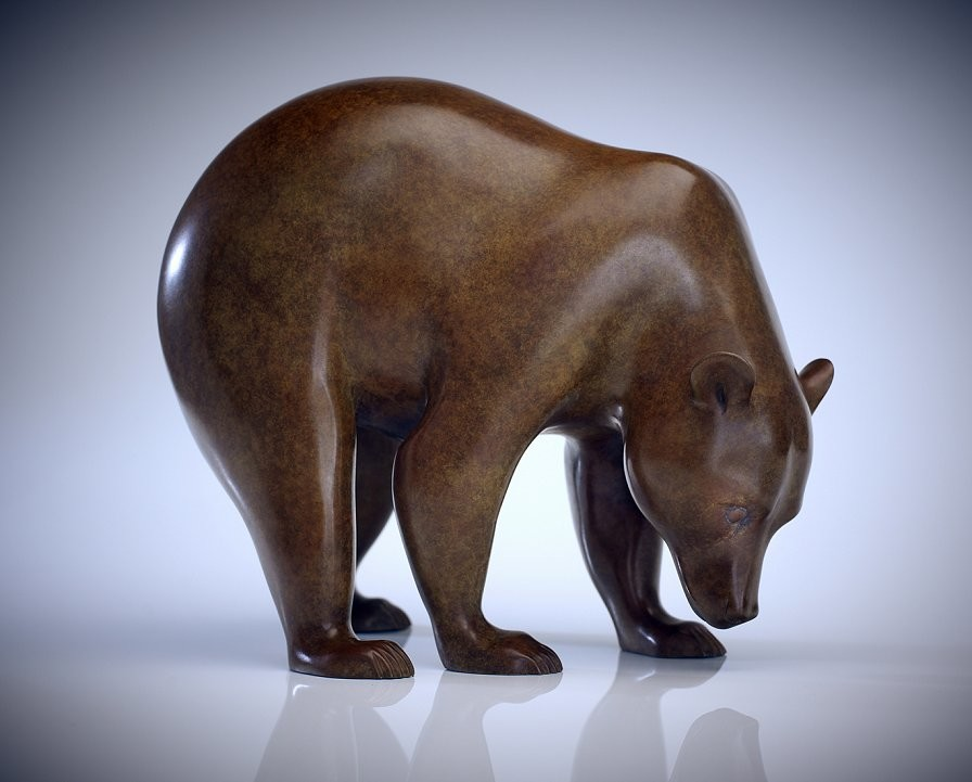 Studio shot of a bronze grizzly Bear