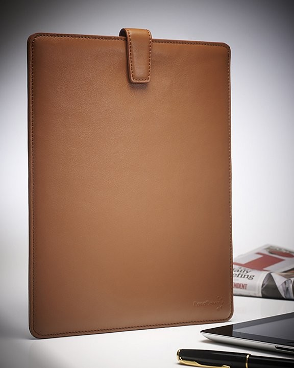 Advertising shot for Parapaws showing leather iPad case